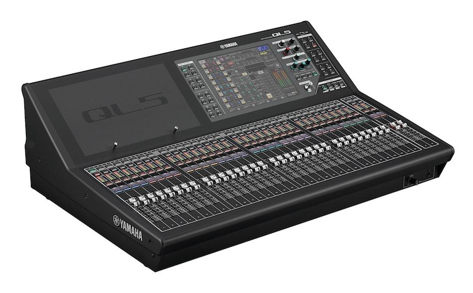 YAMAHA QL5 72 CHANNEL MIXING CONSOLE